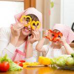 Atenção: Crianças na cozinha