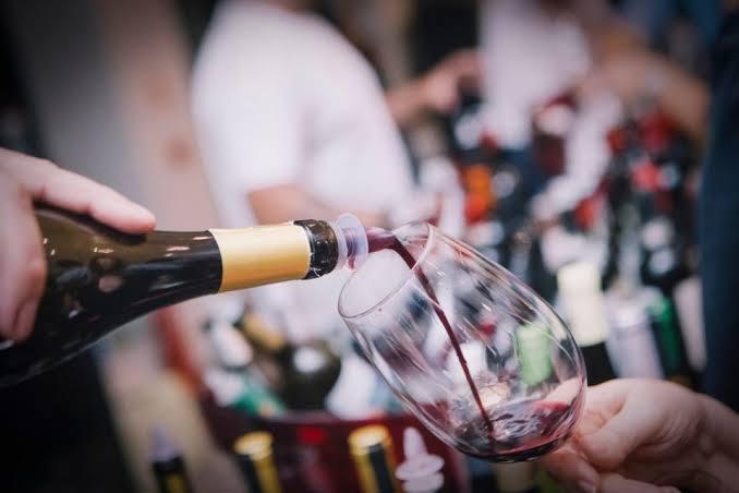 as 10 melhores cenas de vinho do cinema