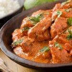 Receita: Aperitivos de frango com calda de açaí, por Rafa dos Santos